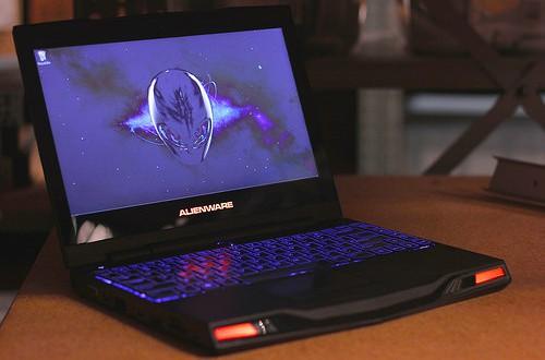 14703055720_4cbee944d4_gaming-laptop