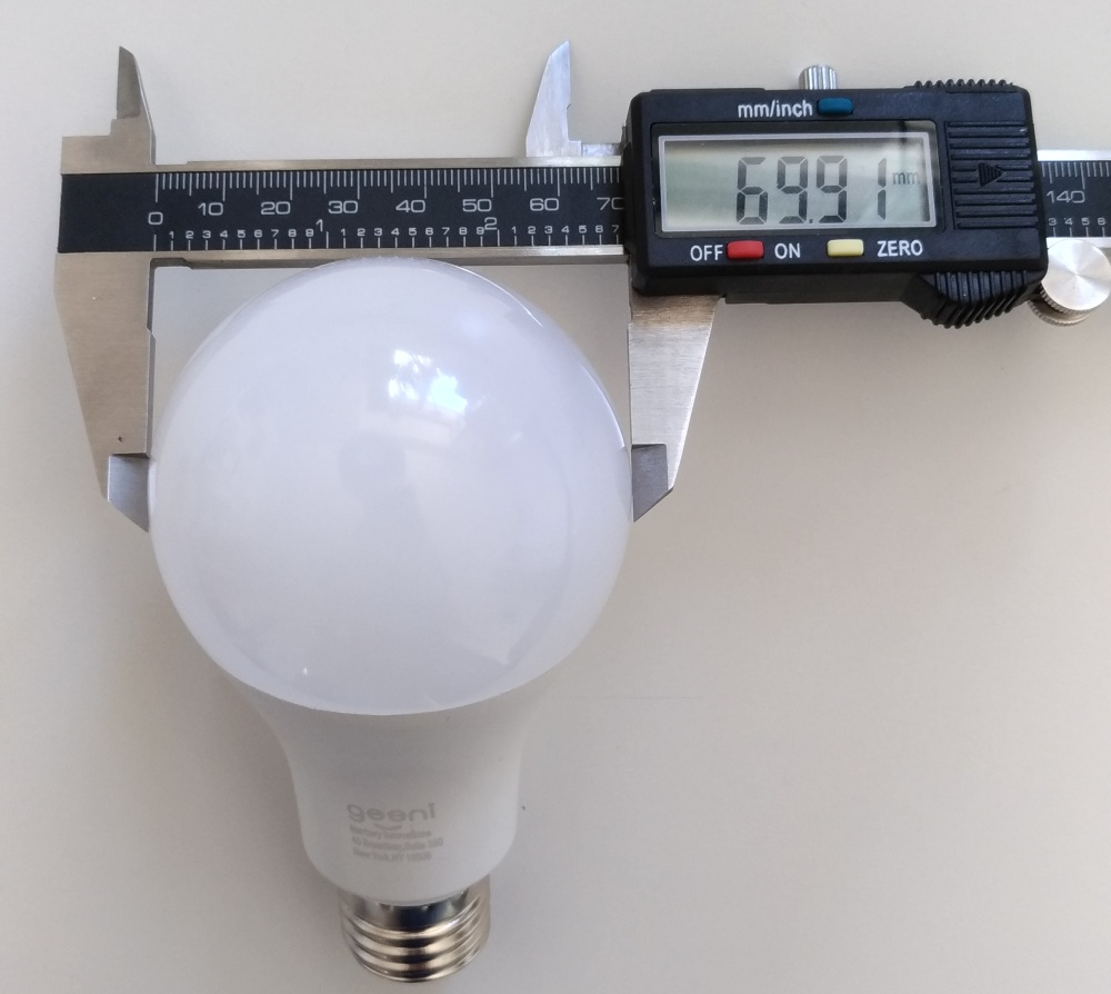 Geeni-smart-light-measurements